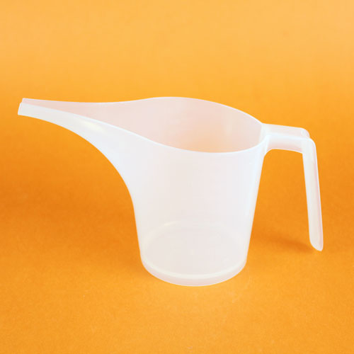 Easy Pour Mixing and Measuring Container